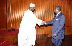 Bello Bouba aux côtés de Paul Biya